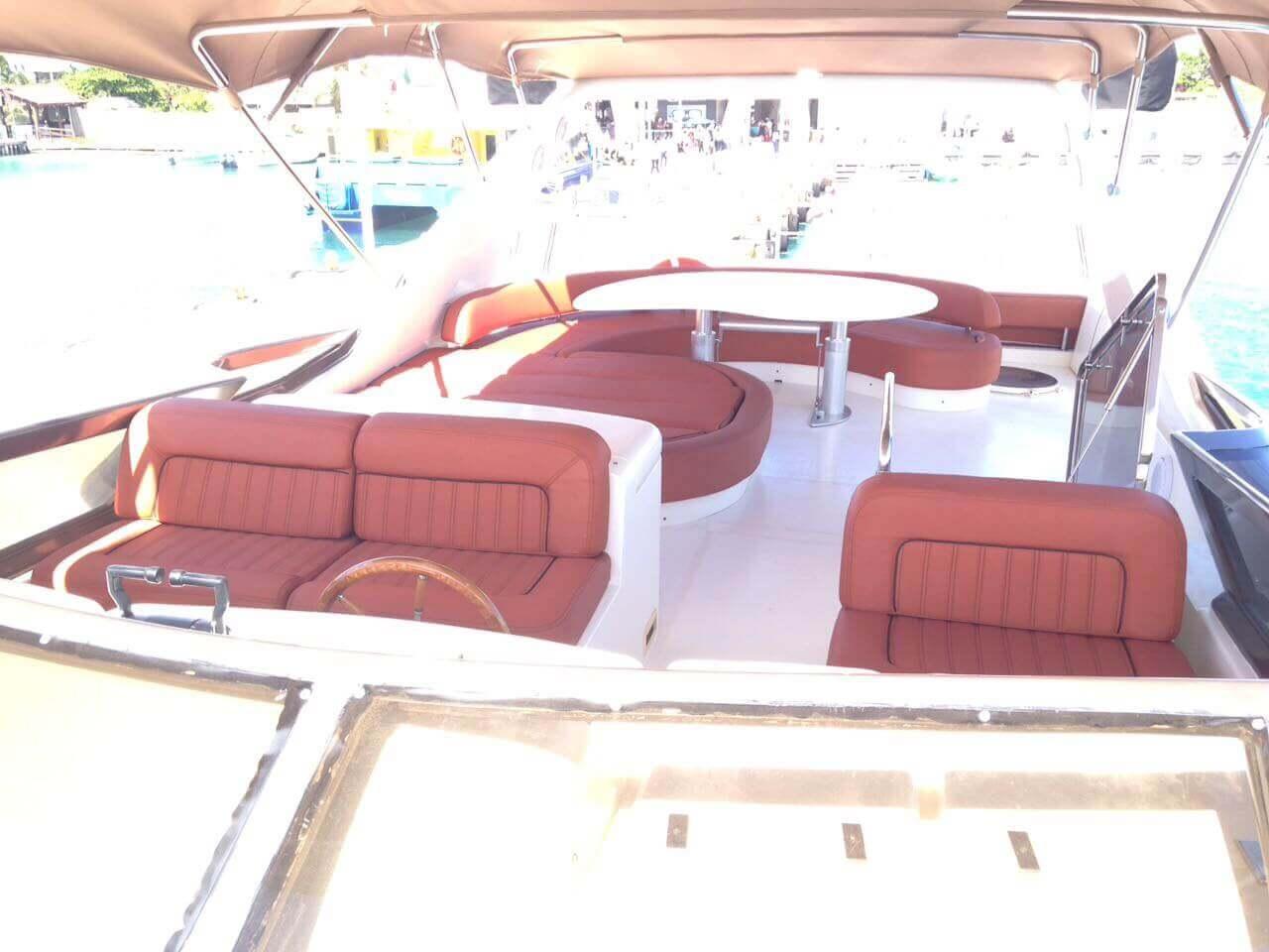 Cancun Azimut Amazing Yacht