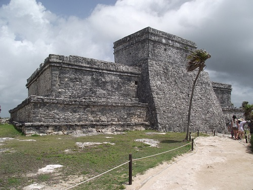 Tulum boat and ruin tours
