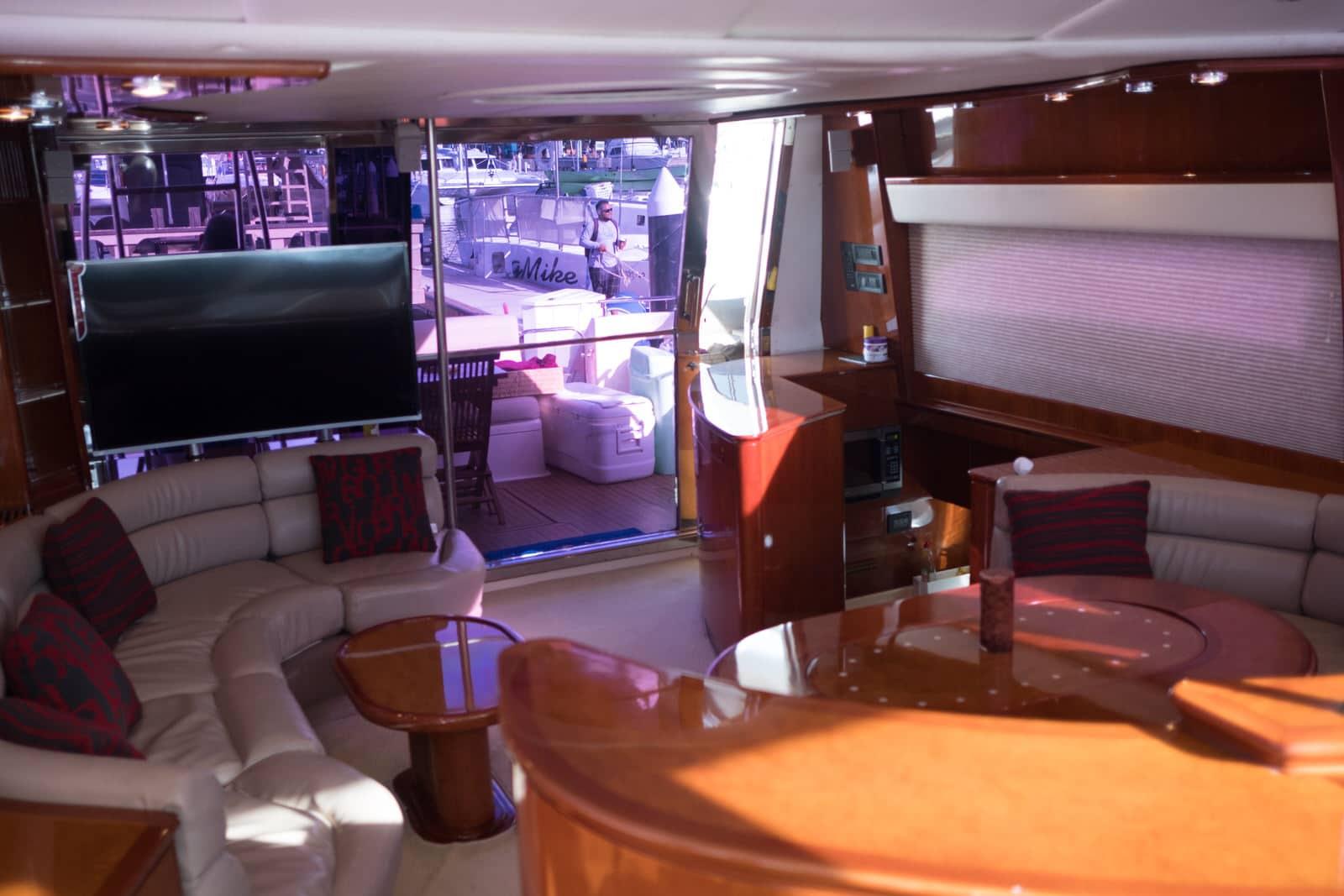 luxury yacht rental cabo