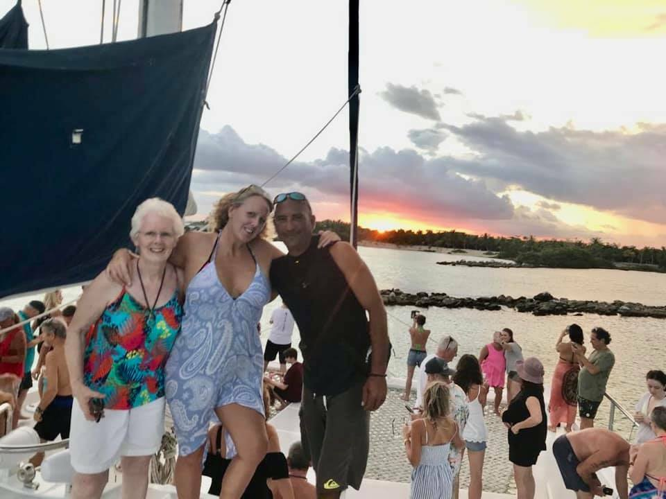 booze cruise playa del carmen