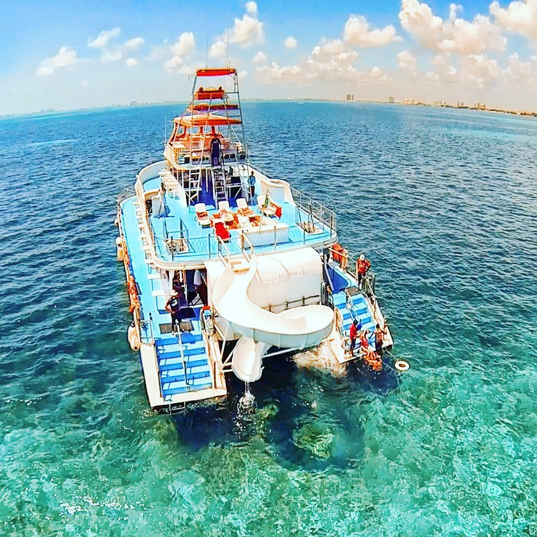 party boat trip cancun