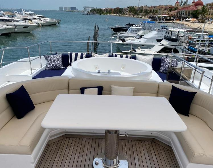 mega yacht tulum