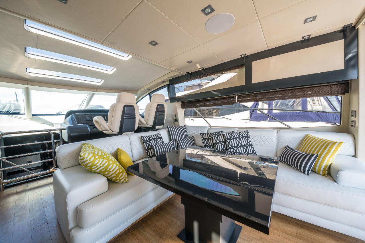 cancun luxury yacht