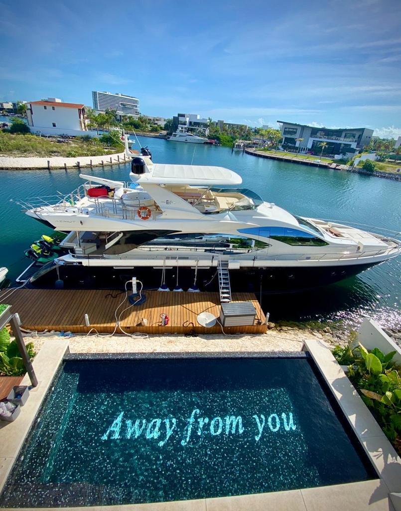large yacht riviera maya