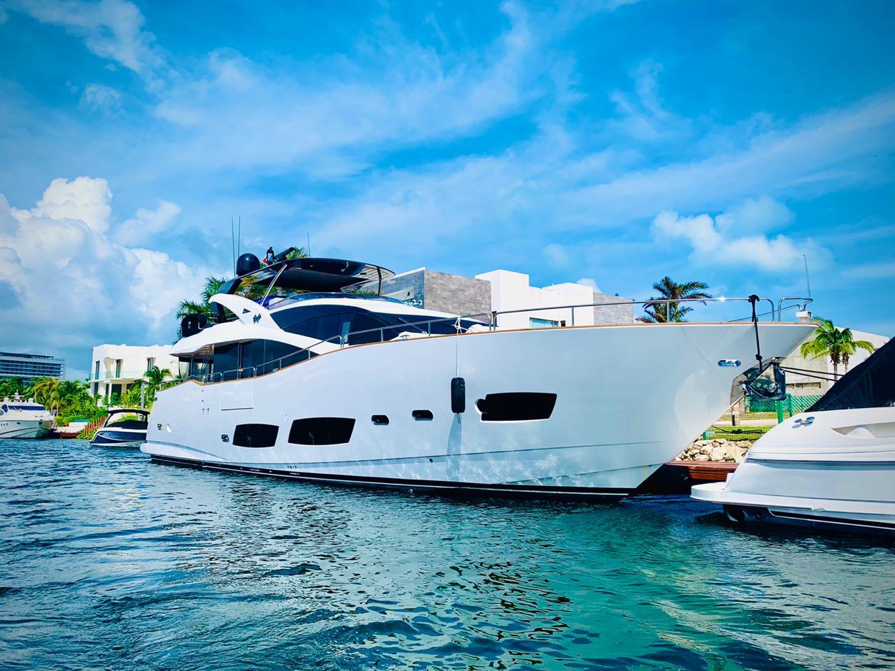 large yacht cancun