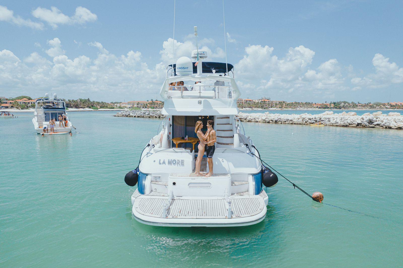 tulum luxury yacht