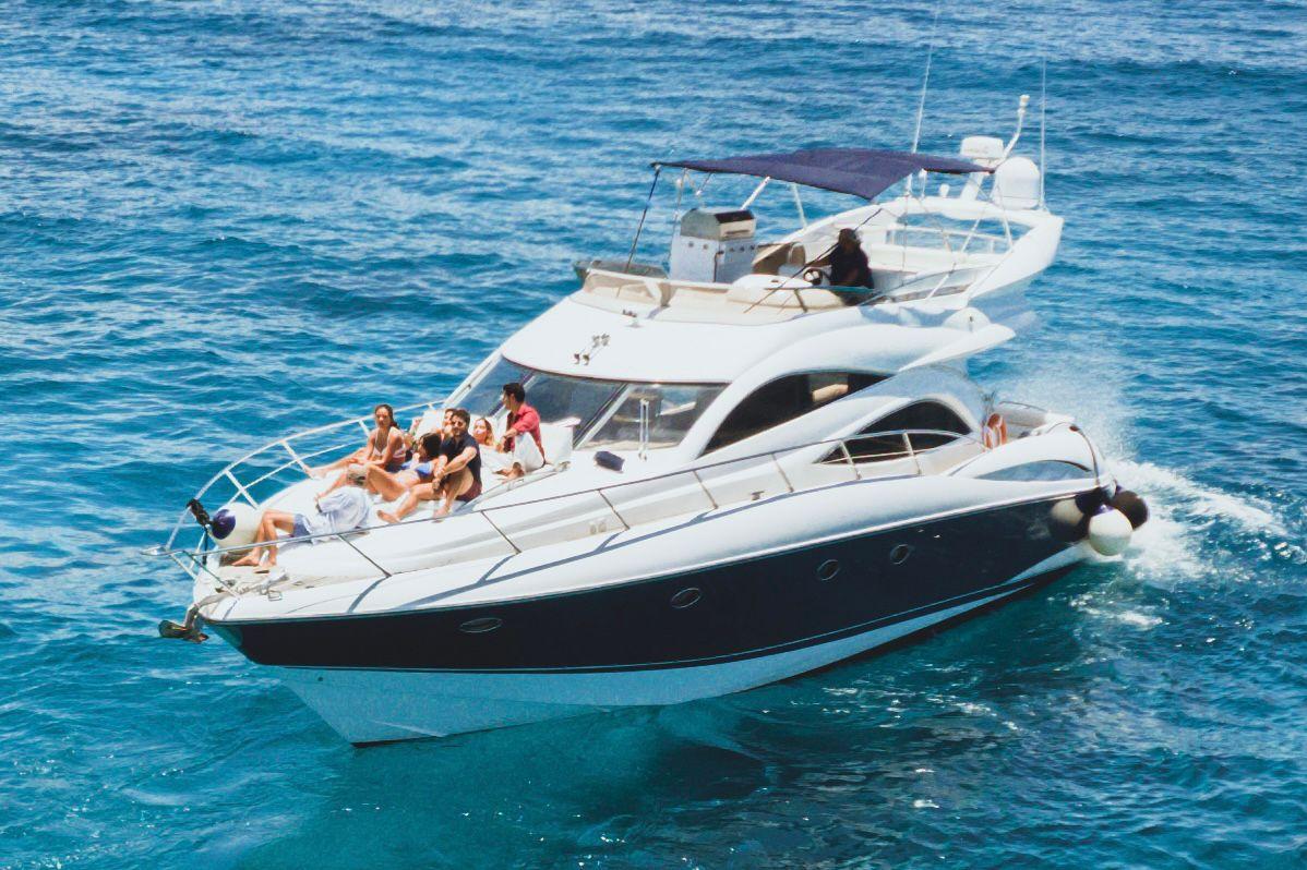 puerto aventuras yacht rental